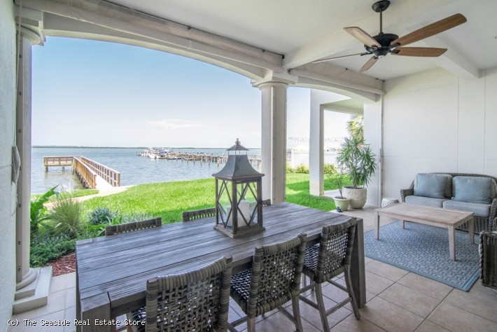 Waterfront Dream in Dunedin Florida!